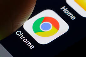 Google delays Chrome updates to limit issues while groups work remotely