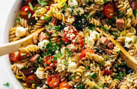 Making healthy meals with pasta